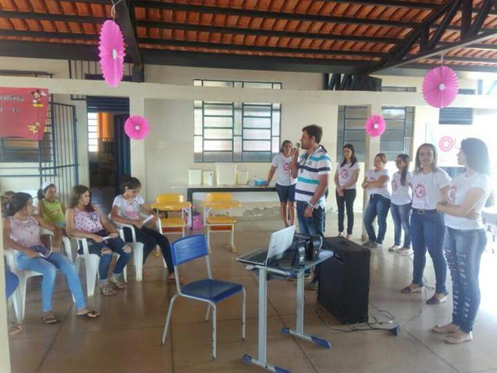 Prefeitura leva ações do Outubro Rosa às mulheres do distrito de Campo Maior