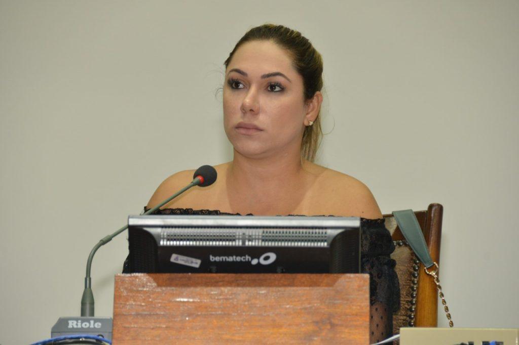 Deputada Luana Ribeiro propõe tornar obrigatório compliance nas contratações públicas