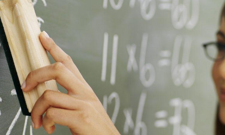 Professora da rede pública é envenenada em sala de aula por alunos do 4º ano em Grajaú (SP)