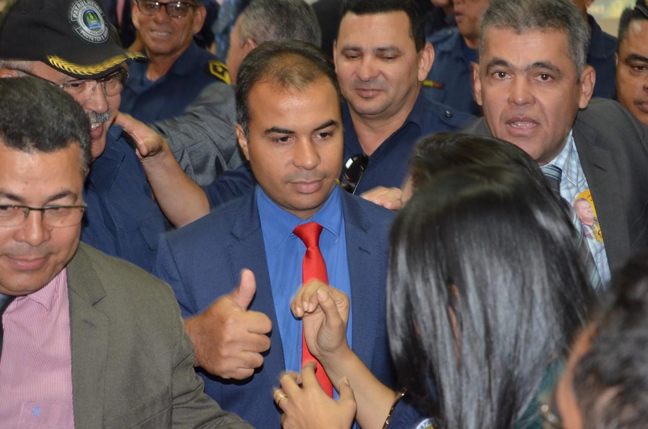 Felipe Martins vota favorável para garantir direitos da Guarda Metropolitana de Palmas