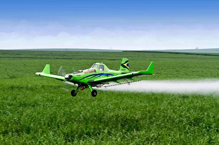 Adapec faz alerta sobre proibição do uso e comércio do herbicida paraquat a partir de 22 de setembro