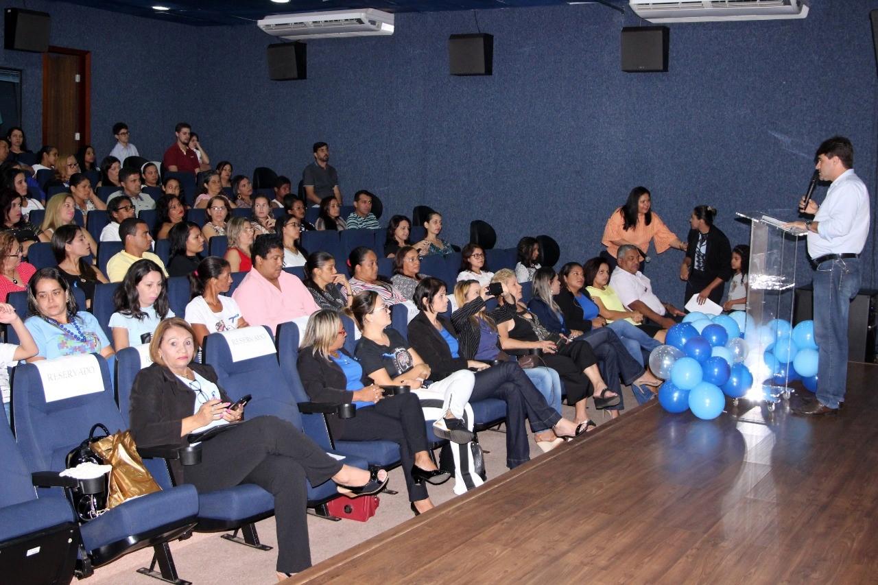 Noite Inclusiva destaca união da escola e família no processo de desenvolvimento dos autistas em Gurupi