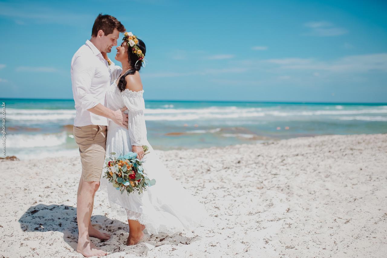 Amanda Djehdian e Mateus Hoffmann estão em Cancun comemorando Bodas de Papel