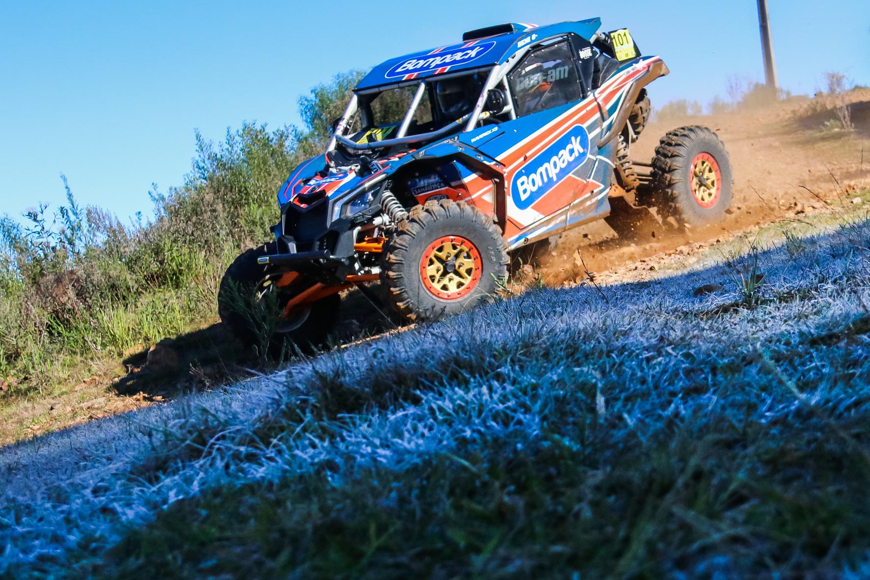 Deni Nascimento e Idali Bosse assumem a liderança dos UTVs no Brasileiro de Rally Cross Country