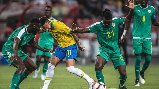 Em amistoso, Brasil cede empate a Senegal e chega a três jogos sem vitória