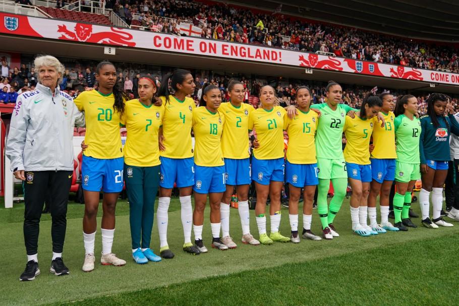 Seleção feminina derrota Polônia por 3 a 1 em amistoso