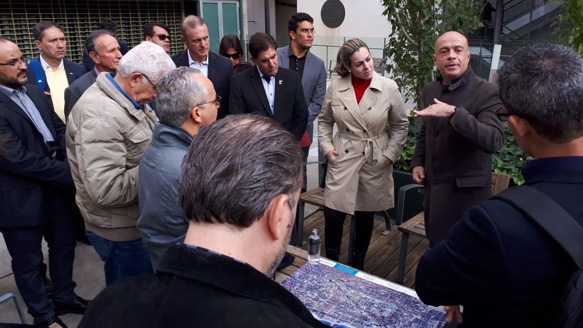 Prefeita Cinthia Ribeiro participa em Barcelona do maior evento mundial de cidades inteligentes