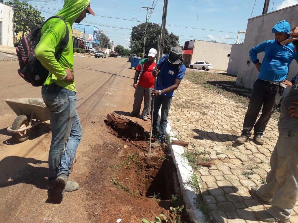 Seisp de Palmas realiza serviços de manutenção e reposição de grelhas de bocas de lobo nesta quinta, 05