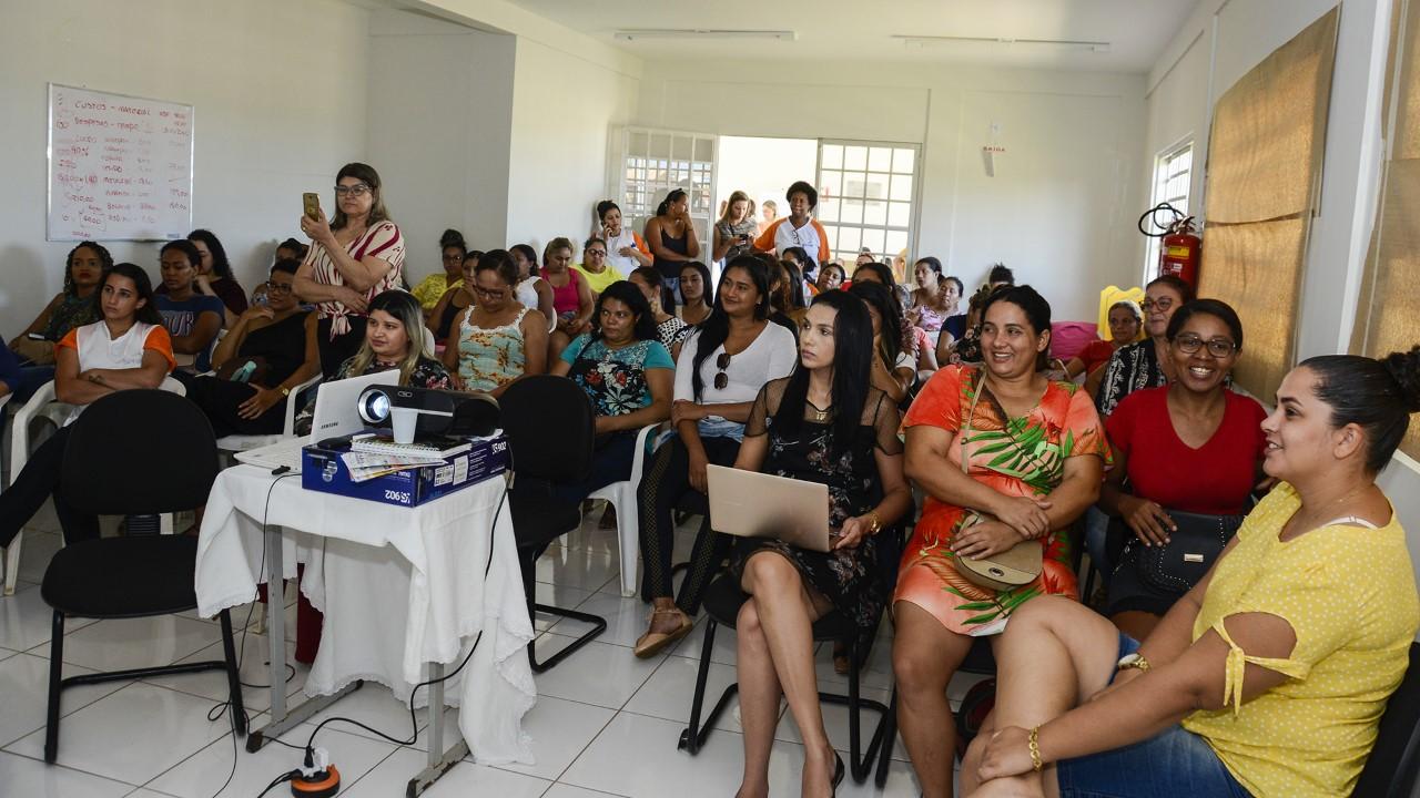 Seminário capacita mulheres em situação de vulnerabilidade na região Norte de Palmas