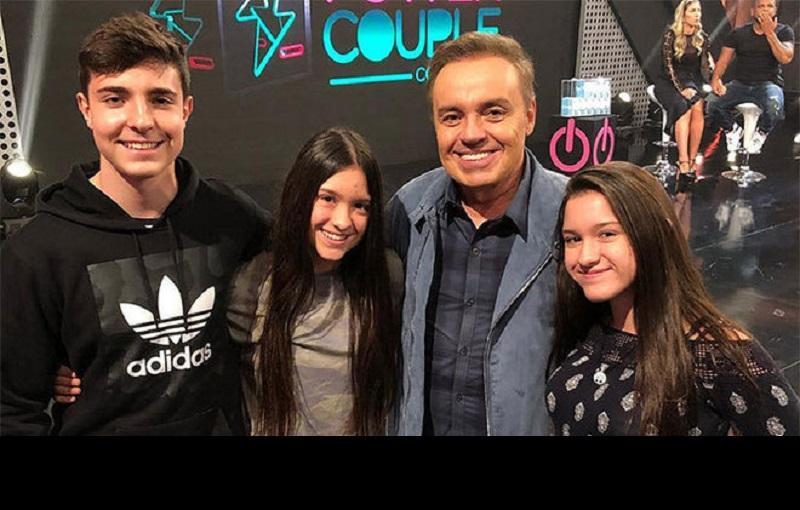 Filho de Gugu passa Natal no Brasil, sem as irmãs e mãe