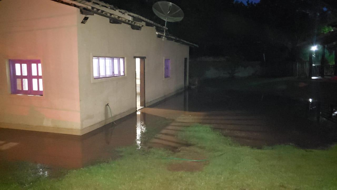 Defesa Civil de Palmas orienta população casos de alagamentos em imóveis e acúmulo de água nas vias