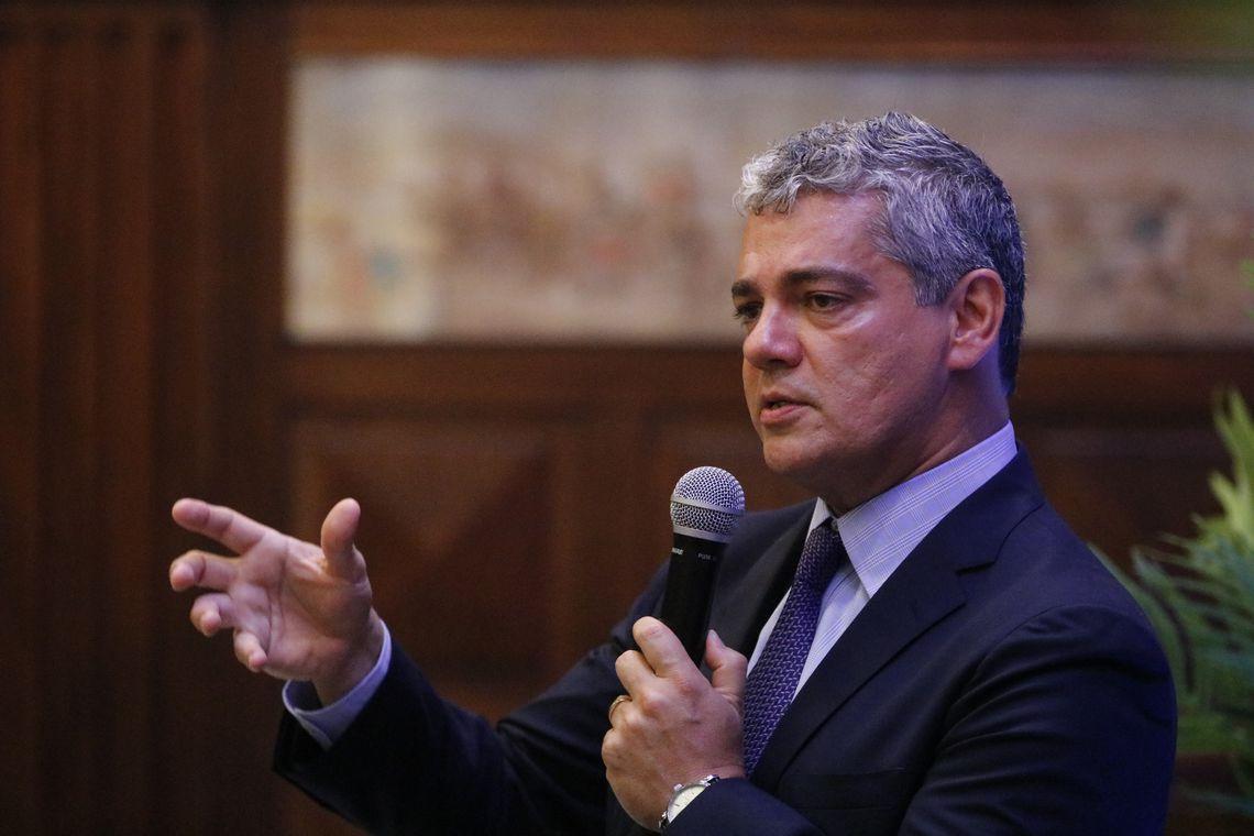 Economia do Brasil pode enfrentar crise do coronavírus, diz secretário