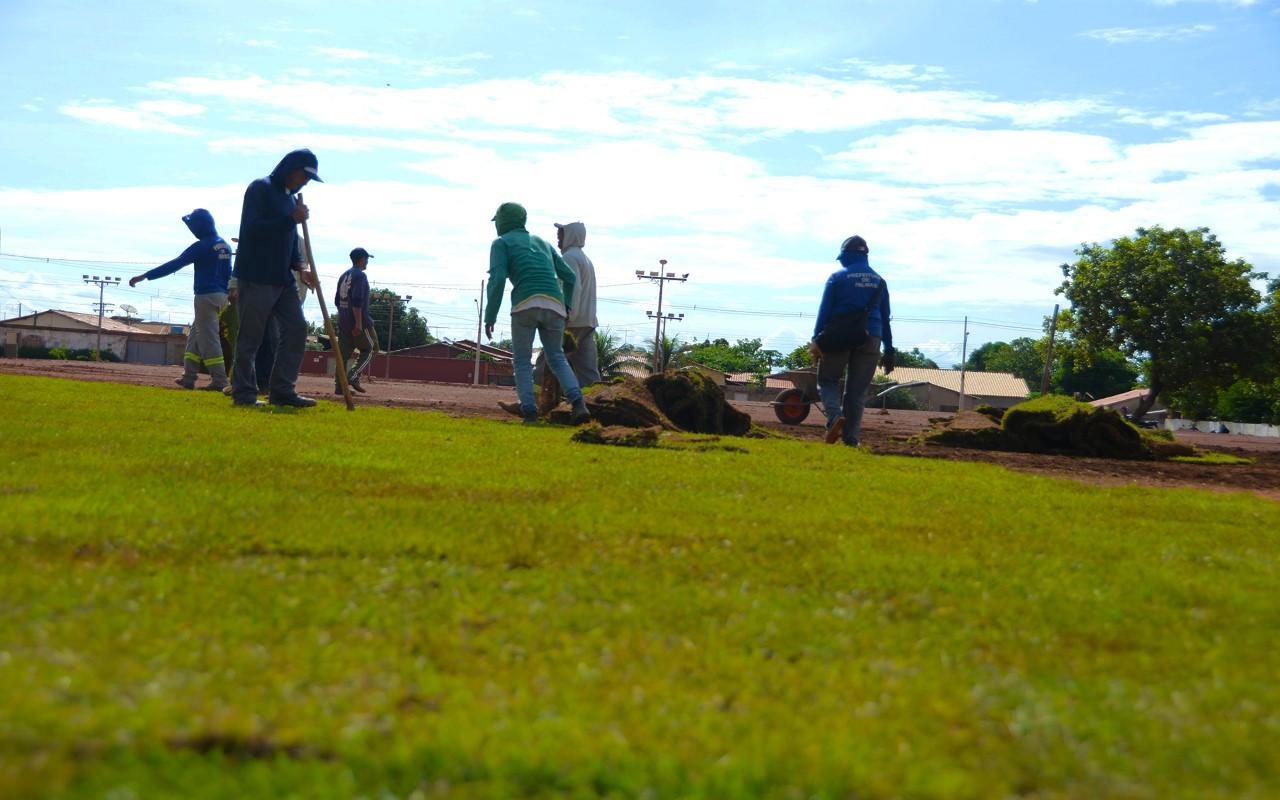 Prefeitura pede a comunidade que denuncie quem retira materiais de obra pública no Aureny III