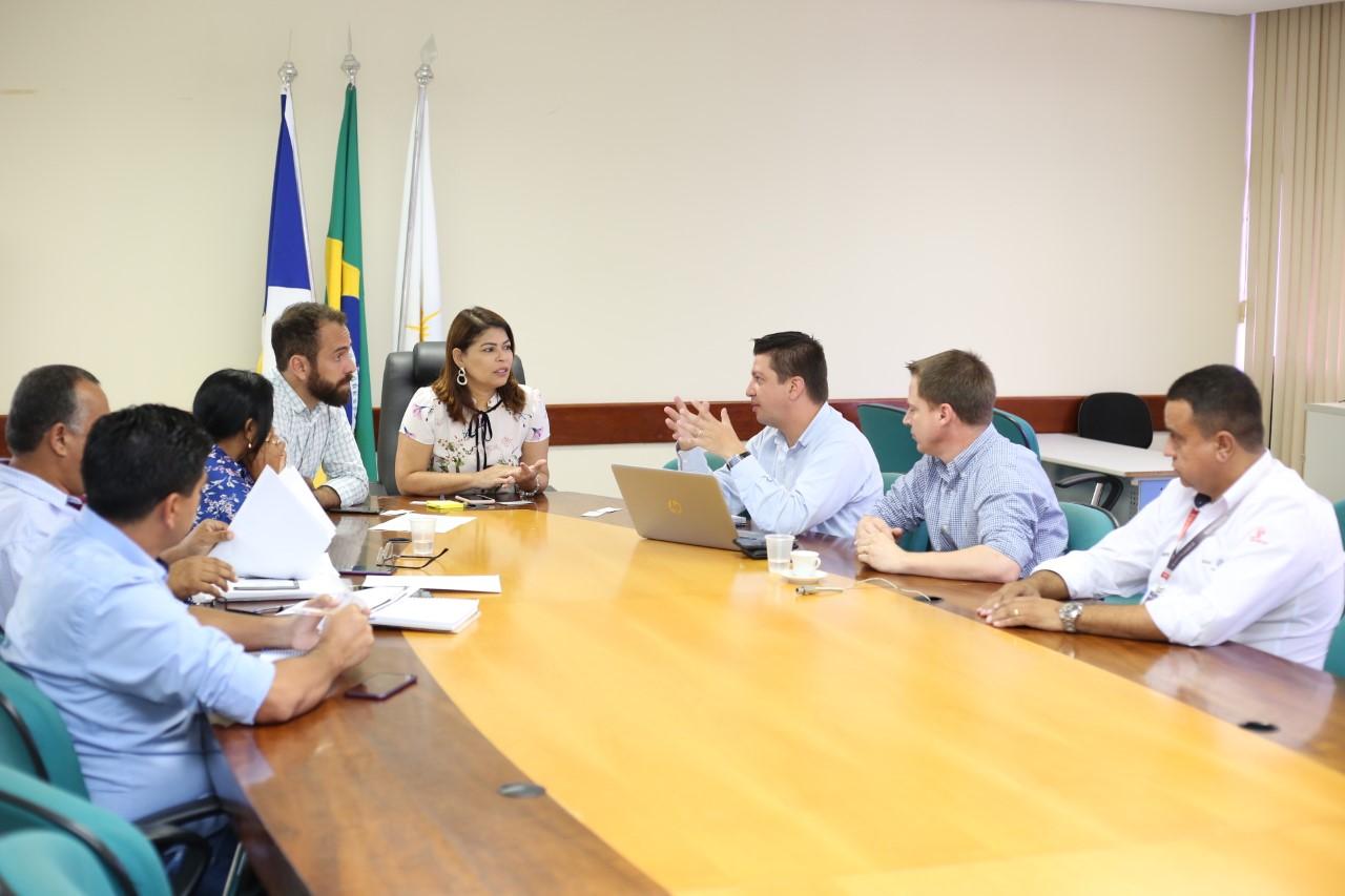 Governo do Tocantins destinará 428 novos ônibus escolares para todos os municípios do Estado