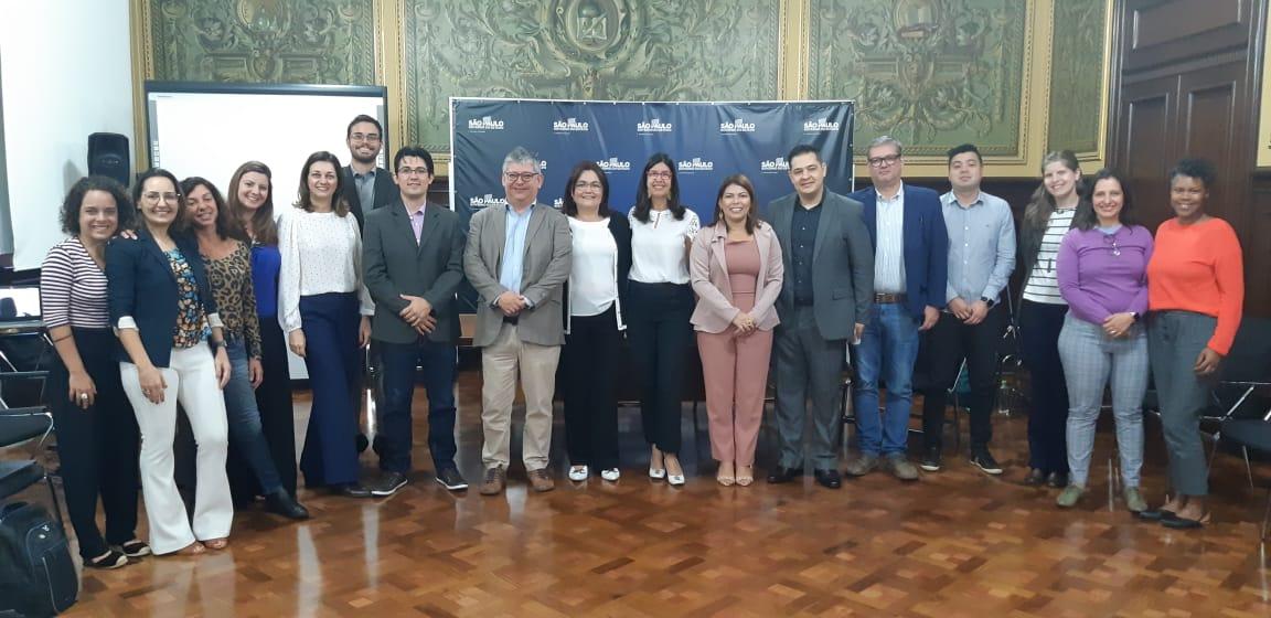 Coordenadora Nacional do Prêmio Gestão Escolar, Adriana Aguiar faz abertura de reunião com parceiros do Consed