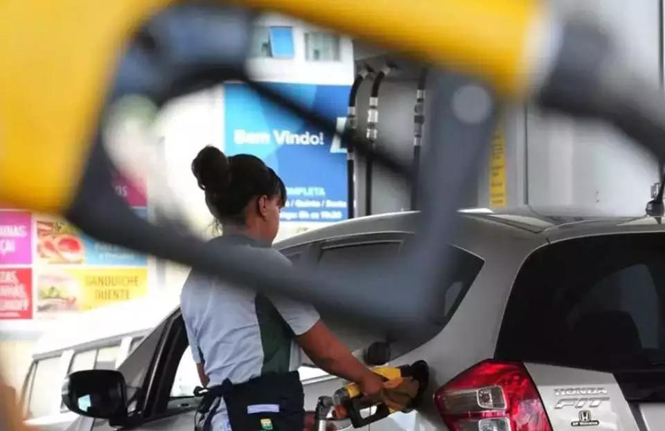 Região Norte lidera com o preço dos combustíveis mais caros do País, aponta o último levantamento da Ticket Log