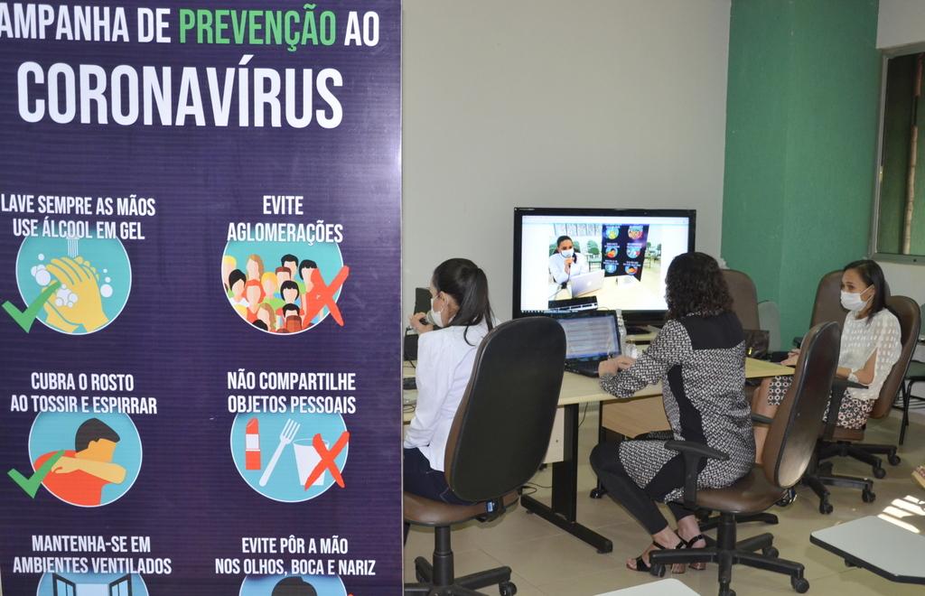 Governo realiza  web conferências para orientar gestores e profissionais de Saúde na organização dos serviços durante pandemia