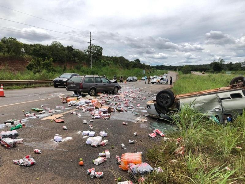 Mulher fica ferida em acidente na BR-010, entre Palmas e Taquaralto