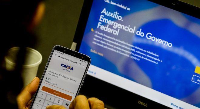 Mais 6,8 milhões recebem o auxílio emergencial de R$ 600 nesta sexta