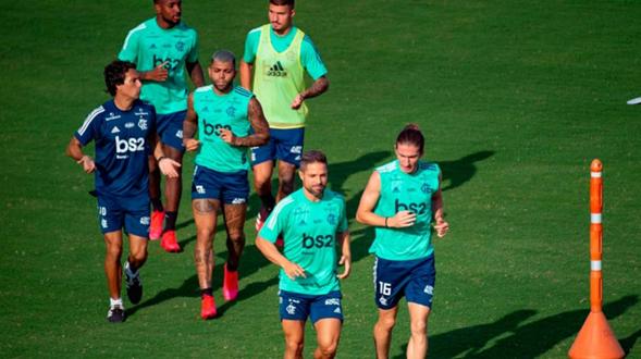 Flamengo volta aos treinos mesmo sem autorização