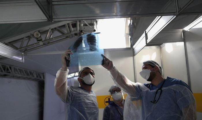 Governo concede registro para cubanos reintegrarem o Mais Médico