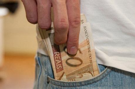Substituto do PIS/Cofins pode elevar renda anual do brasileiro em R$ 345