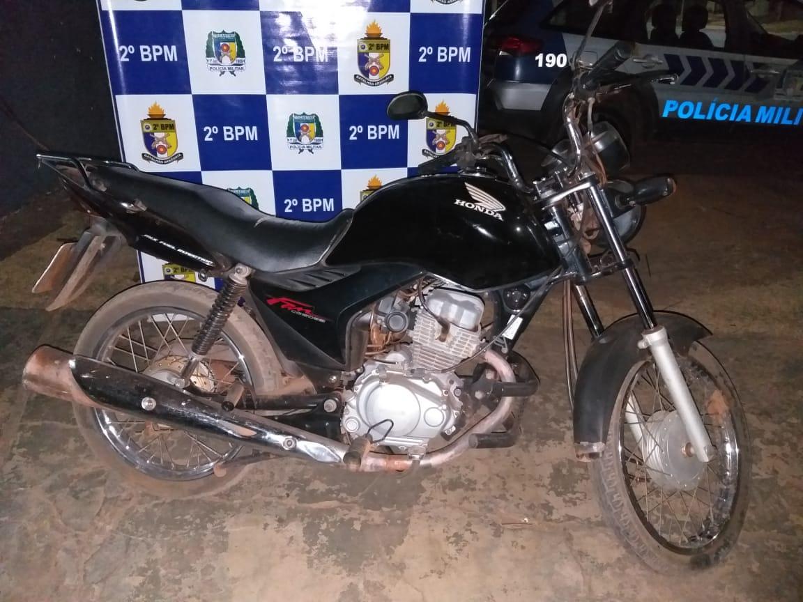 PM prende suspeito de roubo em residência em Araguaína