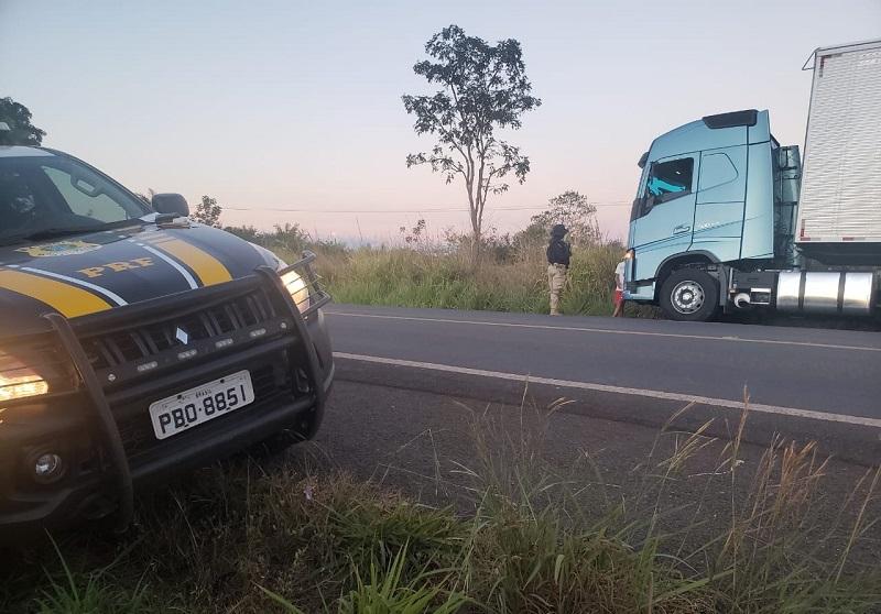 PRF prende homem dirigindo sob efeito de anfetamina na BR-226, no norte do Tocantins