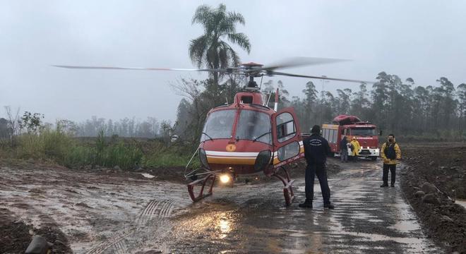 Novo ciclone atinge Santa Catarina e deixa ao menos 4 pessoas ilhadas