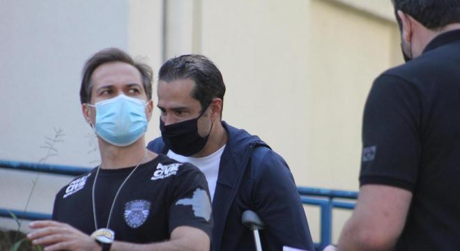 Um dia depois de ser preso, fundador da Ricardo Eletro é solto