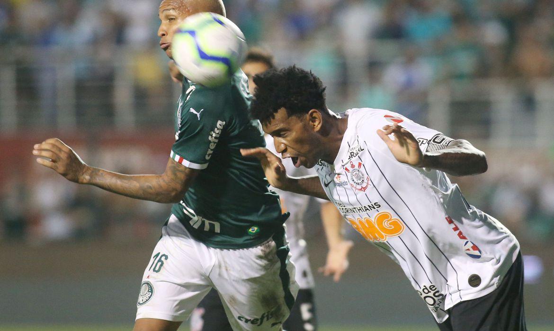 Corinthians confirma que Gil e Léo Natel testaram positivo para covid
