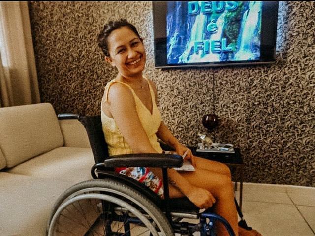 Coach e Analista Lene Souza revela história de superação após descobrir doença rara