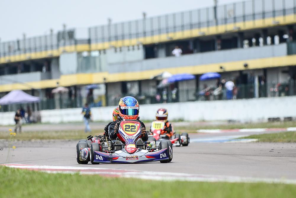 Guki Toniolo conquista o título de vice-campeão Paranaense de Kart
