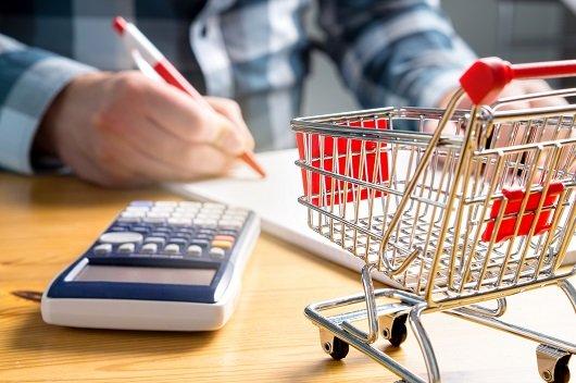 Oito dicas para economizar no supermercado utilizando a tecnologia em seu favor