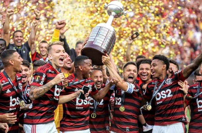 Flamengo recomeça defesa na Libertadores, mas é favorito?
