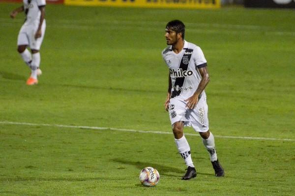Volante da Ponte destaca importância da vitória contra o Botafogo-SP