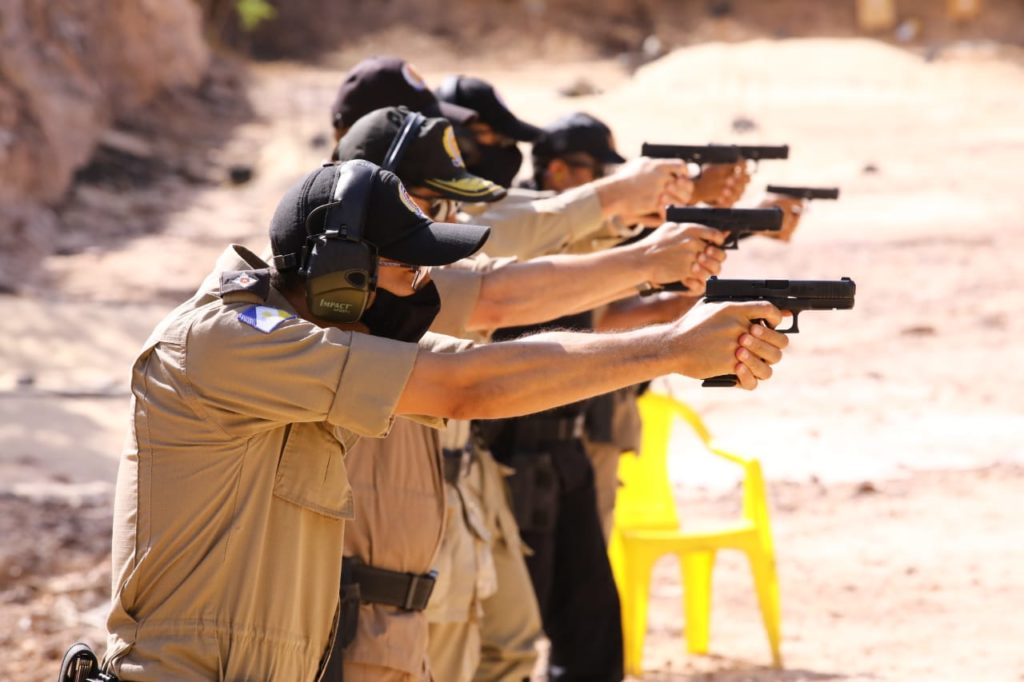 Polícia Militar realiza instrução de manuseio de novo armamento adquirido
