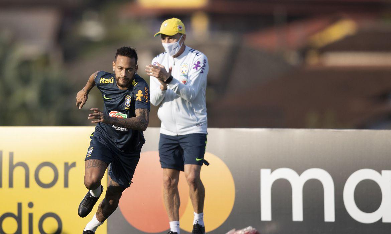 Neymar sente dores e pode desfalcar seleção no jogo contra a Bolívia