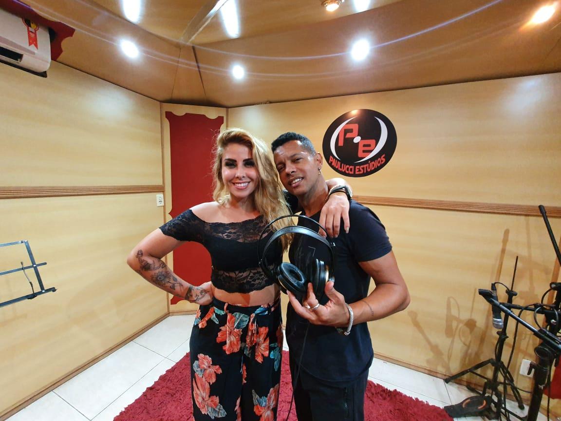 Após corta relações com Anitta Andinho grava Feat com cantora Grazy Ex-integrante da Dupla Dolls