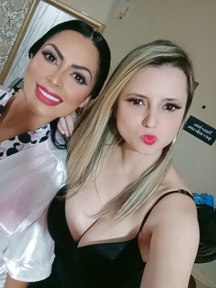 Aline Luic participa de festa de lançamento da Playboy de Ellen Santana
