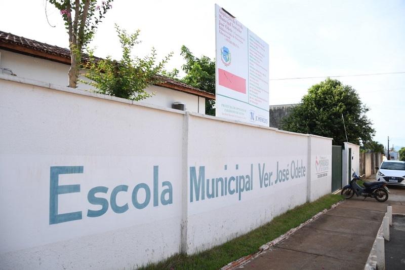 Prefeito Moisés Avelino realiza entrega de mais três importantes obras em Paraíso