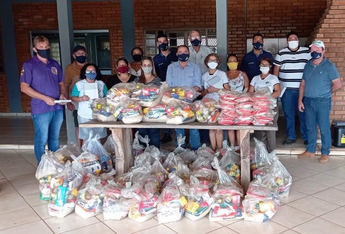 Coapa e parceiros entregam quase 7 toneladas de alimentos a famílias de quatro municípios