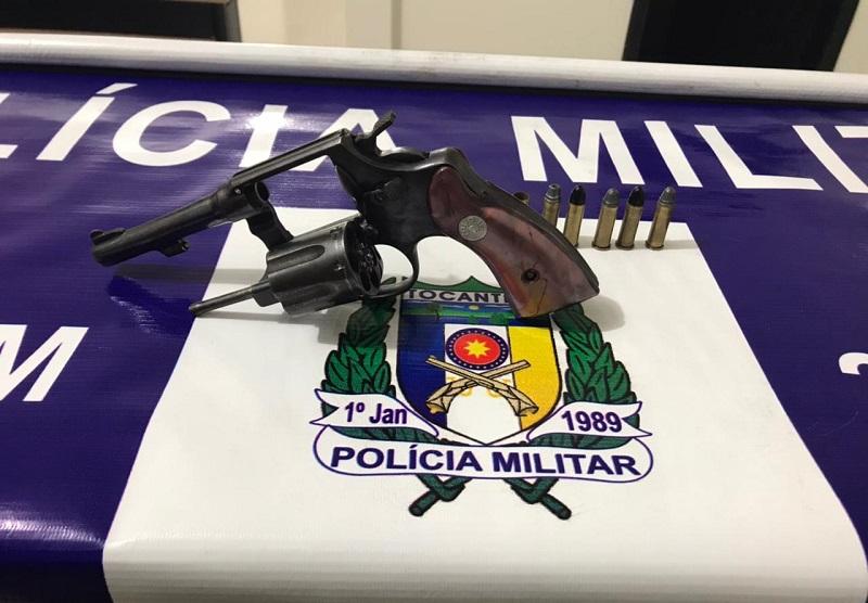 PM prende homem e apreende adolescente por porte ilegal de arma de fogo em Araguaína