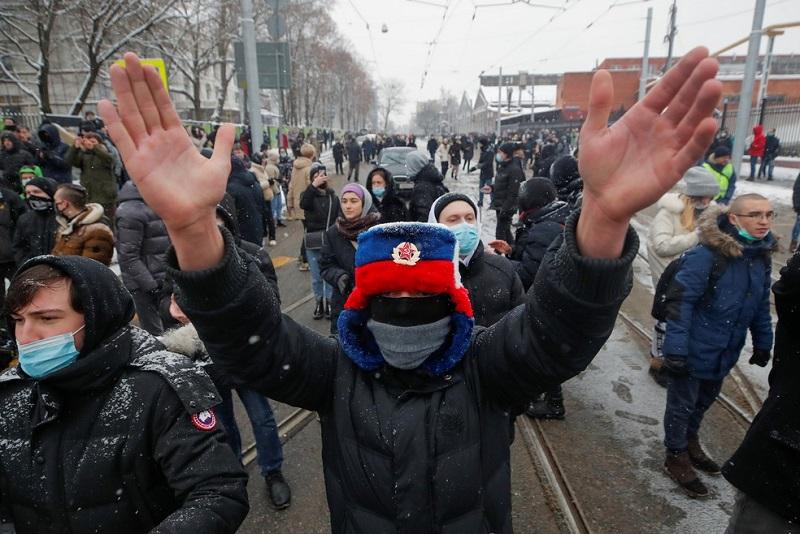 Mais de 4 mil pessoas são detidos na Rússia em protestos contra a prisão de Alexei Navalny