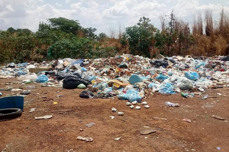Irregularidades na disposição de resíduos sólidos levam MPTO a pedir interdição do lixão de Sucupira