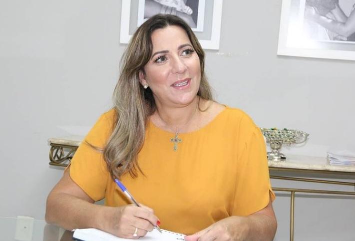 Dulce Miranda destaca importantes projetos relacionados à Saúde Pública