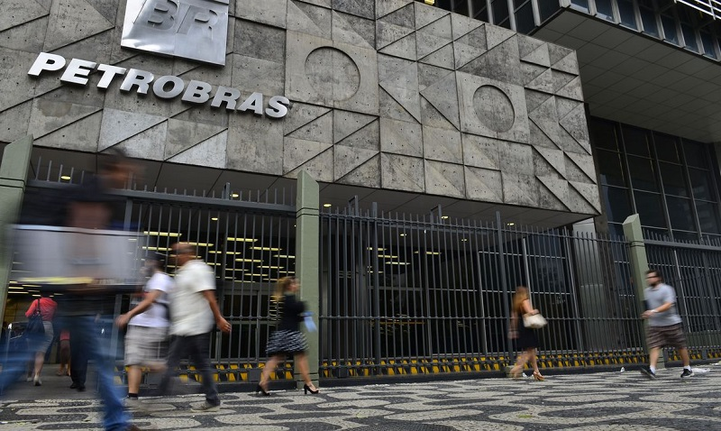 Petrobras bate recorde de vendas de diesel S-10