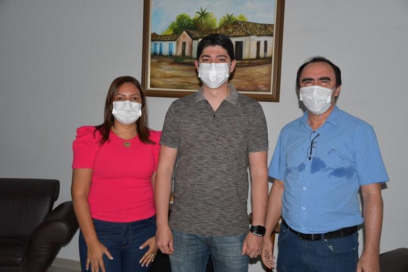 Prefeito Celso Morais realiza visita em secretarias municipais de Paraíso TO