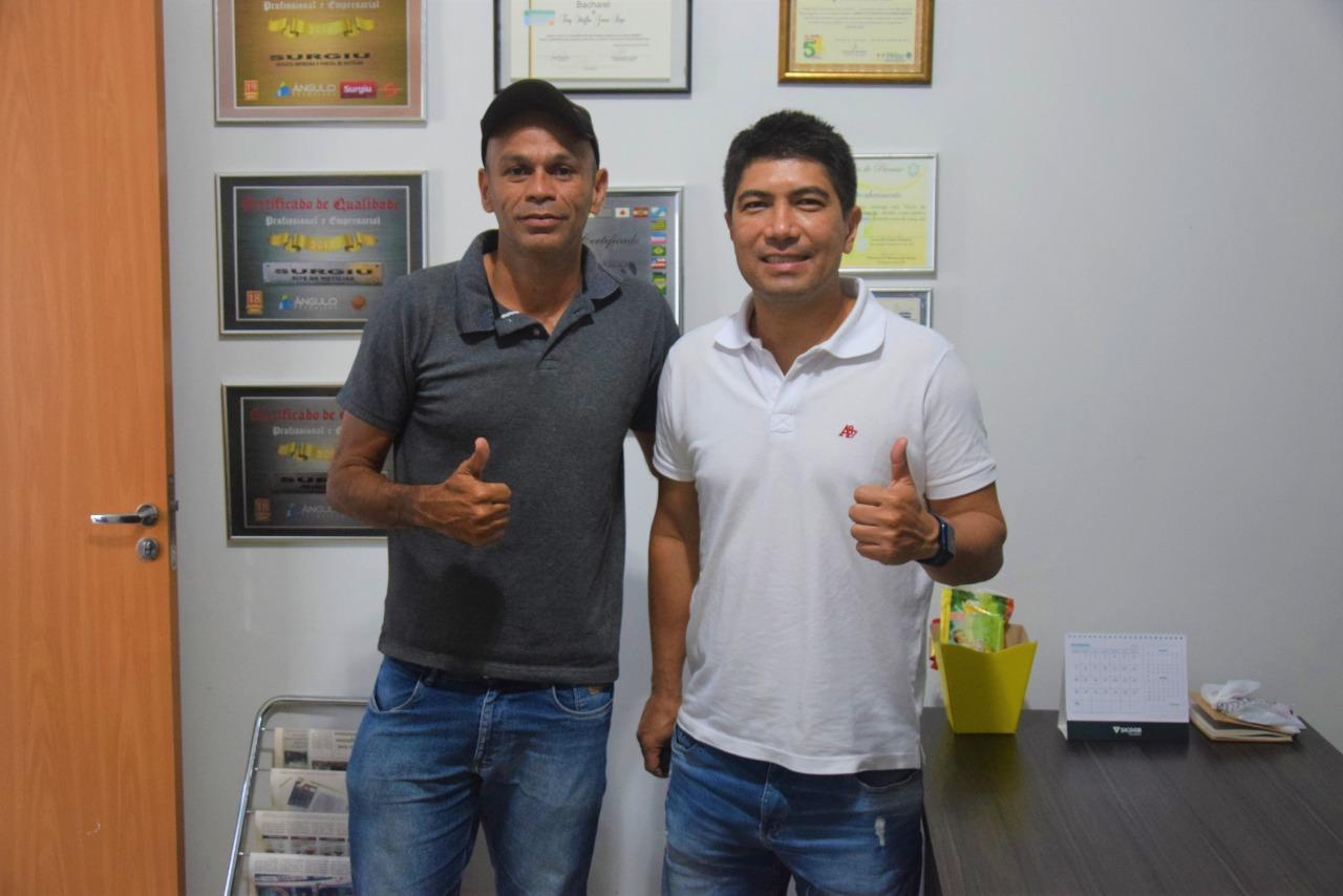 Sandro Hiroshi visita treinador do NC Paraíso, Vicelmo Rodrigues