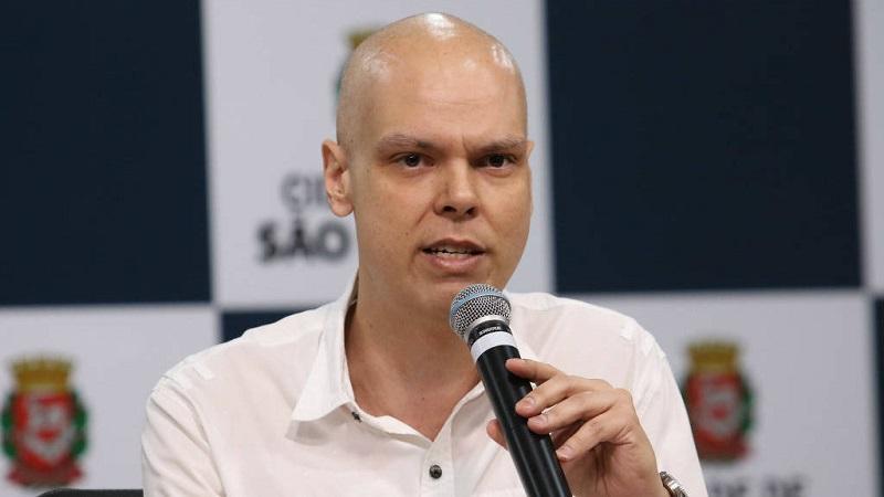 Prefeito de São Paulo, Bruno Covas, tem piora e é diagnosticado com líquido nos pulmões e no abdômen